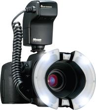 Nissin-Digital-Macro-Ring-Flash-MF18-Nikon