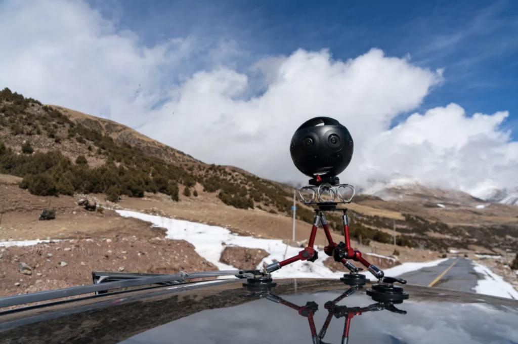 VR-kaamera-Autokinnitus